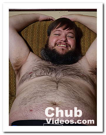 Heath Edger a chubby hairy bear cub!